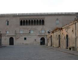 castello-donnafugata-ragusa-prospetto